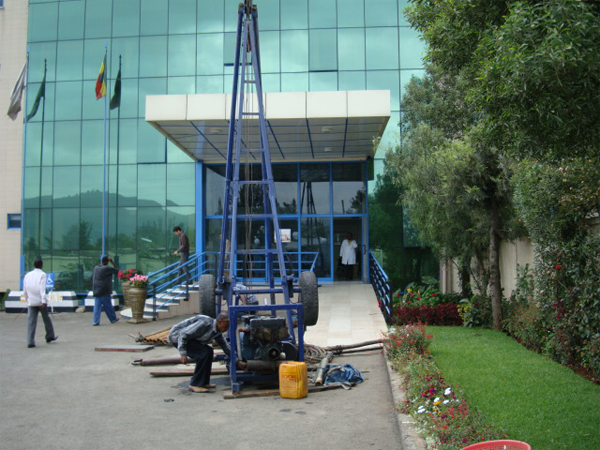 Pump-installtion-St-Gabriel-Hospital